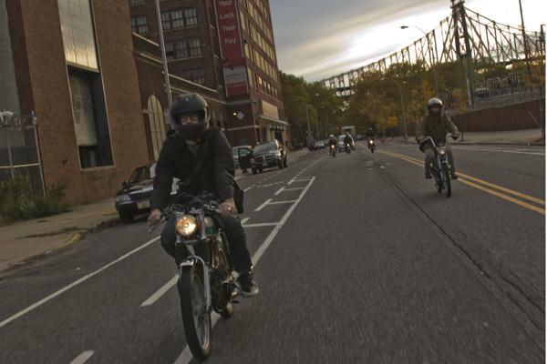 Senatore_moped_01